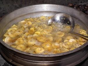 Banana_Chips_preparation